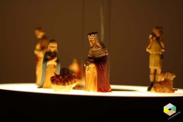 kerststal op de lamp