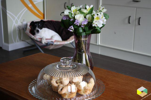 taartjes en bloemen