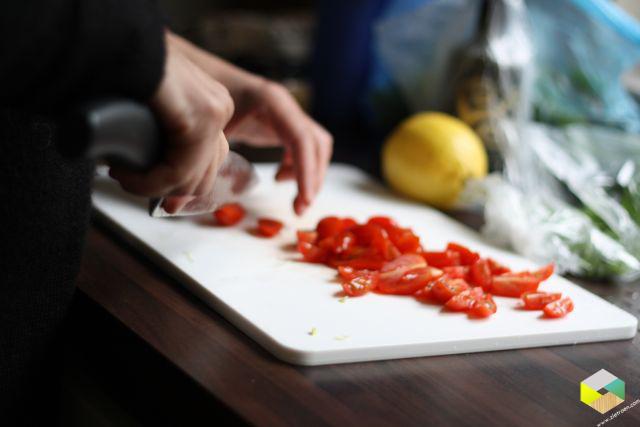 voorbereidingen voor de salade